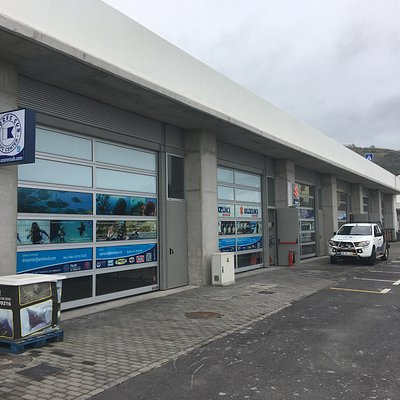 Vista de Fora das novas instalações provisórias da Azores Sub Dive Center