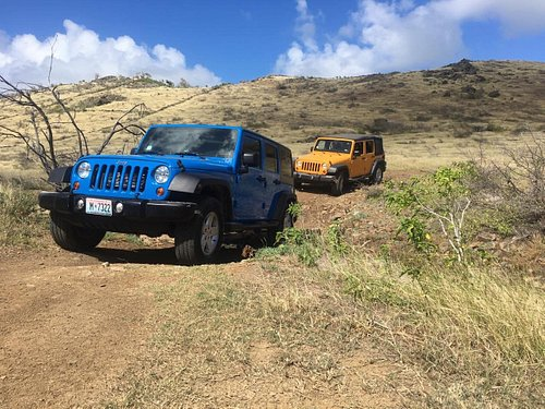 Off-road portion on the 4-hr Guided Island Tour by Jeep Wrangler