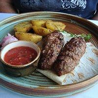 Lulya Kebab, plat très populaire (viande d'agneau)