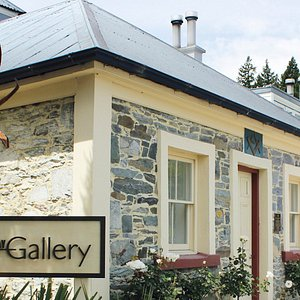 Our elegant and sophisticated historic cottage by the waterfront.