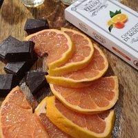 Ti offriamo il meglio dei prodotti del nostro territorio, e se non presenti... il meglio della nostra Italia. Cioccolato di Modica, agli agrumi di Sicilia.