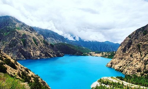 The Shey Phoksundo Lake Trek in the Dolpa district hails as one of the most beautiful natural tourist destinations in Nepal and is a unique trek to experience. Get ready to be awestruck as the trails take you past beautiful landscapes, dense pine forests and along wild rivers, ultimately leading you through to spectacular views.