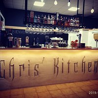 We welcome you at Chris'Kitchen and we would like to delight you with a good pizza ,a variety of nice food , good 🍺 beer and   a selection of wine and cocktail! See you there🥰