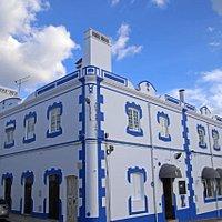 Fachada do Restaurante Raiz & Tradição, em Montemor-o-Novo. O nosso restaurante fica localizado perto da estação de serviço da GALP em Montemor-o-Novo