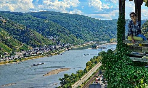 Над Рейном.