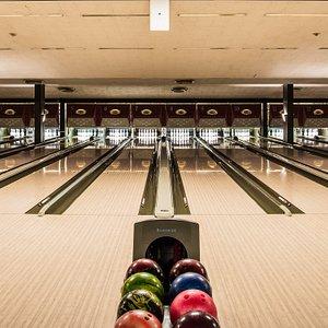 17 bowling lanes