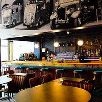 Coffee & Bar Room