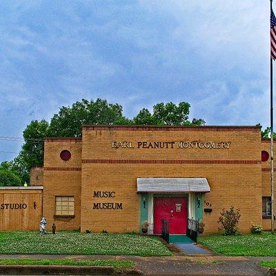 Earl Peanutt Montgomery Music Museum