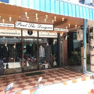 Tailor Paul The Designerz store front. Her you find best suits in Thailand.