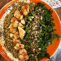 special freekeh salad with chicken