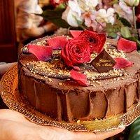 Torta Gelato. Scegliete i vostri gusti preferiti e noi realizziamo il dolce per il vostro evento.