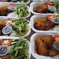 Heerlijke rijst kip (typisch Surinaams)