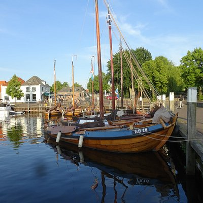 Elburg Haven met botters