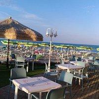 Terrazzina sul mare dove cenare al tramonto! Location stupenda!