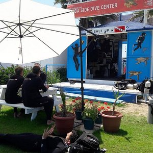 Relaxing and enjoyeble diving with Scuba Side Dive Center