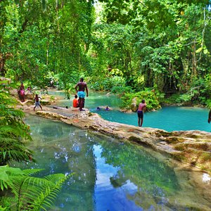 Courtney Taylor Tours and Blue Hole