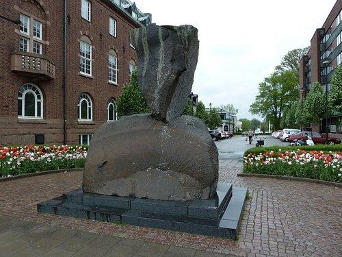 Statyn ''Kolskyffeln'' i Nässjö