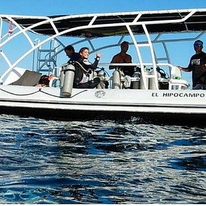 SDCR Dive Boat at Las Catalinas