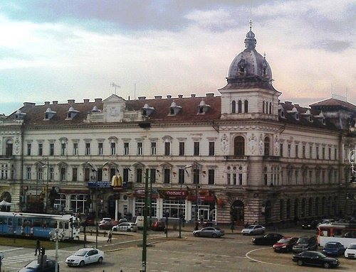 Neumann Palace 1