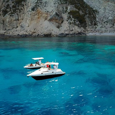 YACHT SPEED BOAT VIP CRUISES