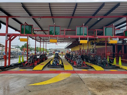 Four styles of go-karts to choose from.  Regular go-karts, two-seaters, super karts and F1s.  Something for all abilities, ages/heights