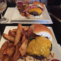Cheeseburger, Vermont Burger