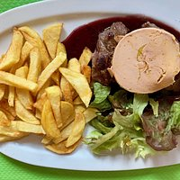 belle viande avec foie gras et frite
