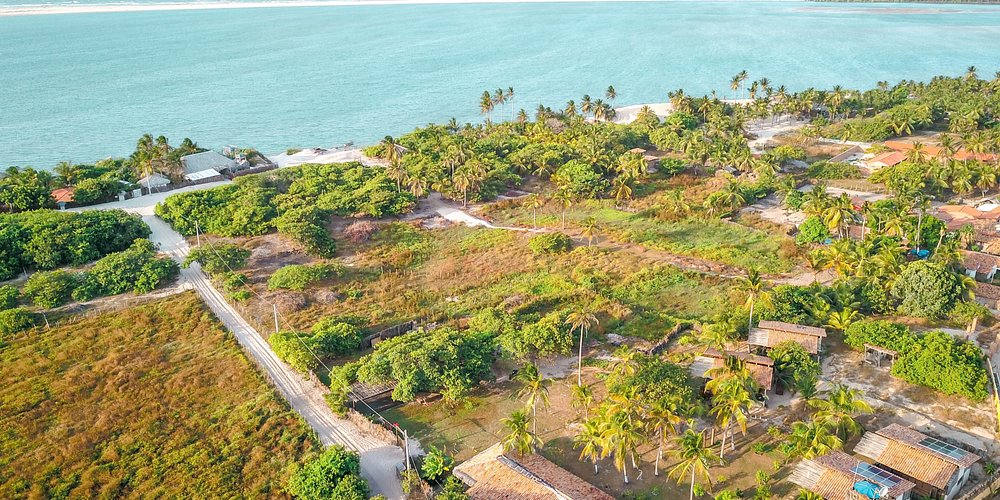 Aerial view - 100m from the beach