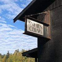 Rathjen Cellars sign