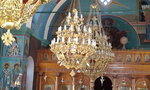 Chandeliers and Reredos in Agios Nikolaos