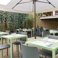 Pranzare nel Giardino Coperto nel cuore di Bologna!