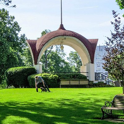 Montebello Park, photo by Mike Kerenan