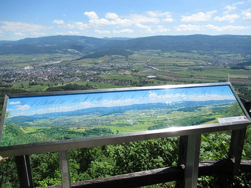 Point de vue panoramique Côte-à-Bépierre au-dessus de Delémont (table d'observation / carte panoramique)
