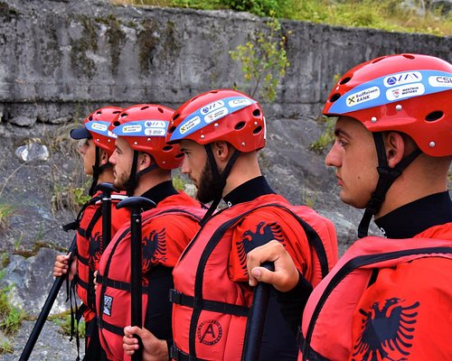 Our profesional guides in Championship of rafting in Italy!