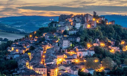 The magic of Cordes sur Ciel.  As your host when and from where to take the best memories.  Daniel is an enthusiastic and talented photographer.