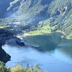 View of Geiranger from the outlook on the Eagle road