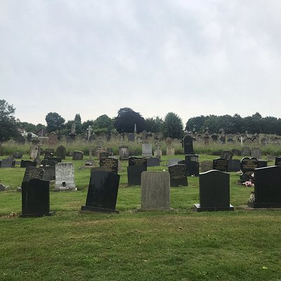 Fox Covert Cemetery