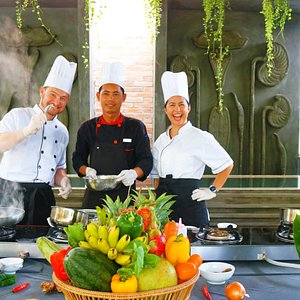 Cooking Class at Central Suite Residence