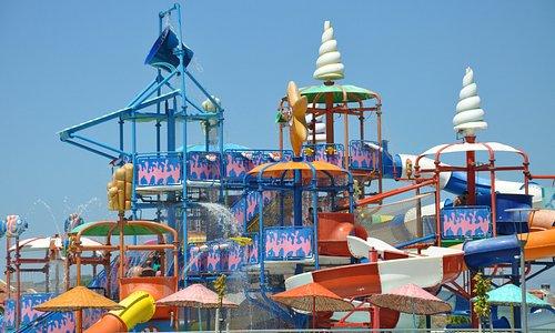 Yazın tadını Çıkarabileceğiniz Çeşme Alaçatı Oasis Aquapark