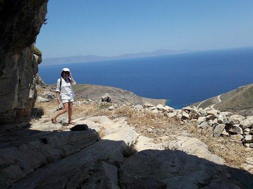 la Grotte dans laquelle Pherecyde aurait enseigné