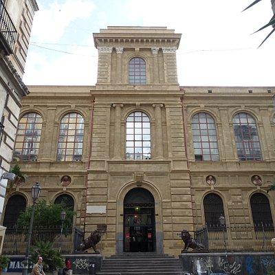 Accademia di Belle Arti, Napoli