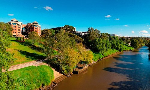 on the banks of the Yarra River