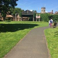 6.  Queen Elizabeth II Jubilee Gardens, Bewdley; Green Theatre