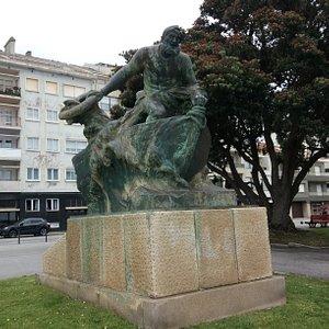 Estátua do Salva Vidas