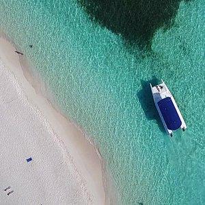 Visit the most beautiful beaches of the country with Pro Excursions Bayahibe. Saona Island, Canto de la Playa :) Découvrez les plus belles plages du pays avec l'équipe de Pro Excursions. Canto de la Playa, Isla Saona :)