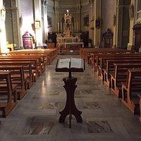 Chiesa molto decorata ed antica nel centro di Carona. Pro loco molto attiva e partecipe nelle attività della chiesa.