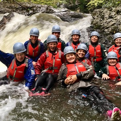 Hens Exploring the great gorges with Black Mountain