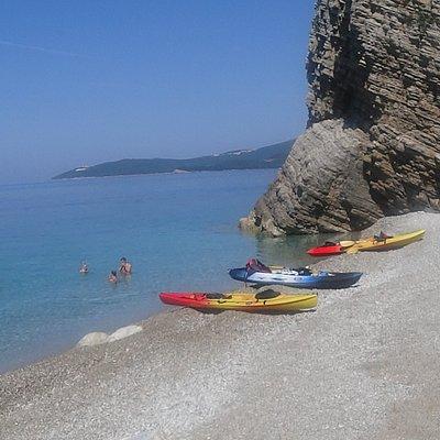 Дикий пляж на острове св. Никола