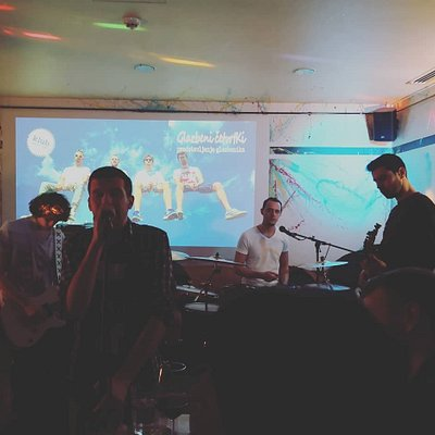 Local band cocnert