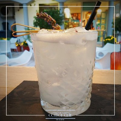 Rose Experience: Rum Jamaicano con rosa di Damasco e soluzioni saline per i palati più raffinati ❣️
